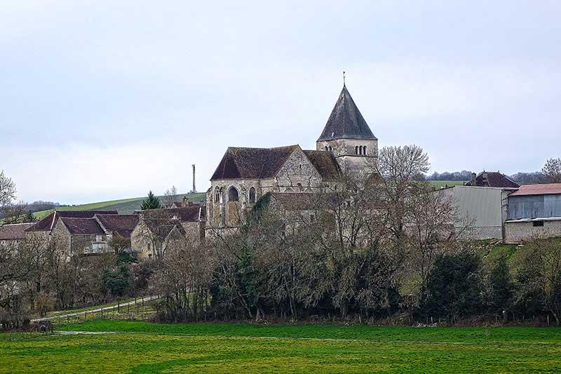 In Dörfern wie Etourvy Eglise war das Gleichgewicht zu Hause