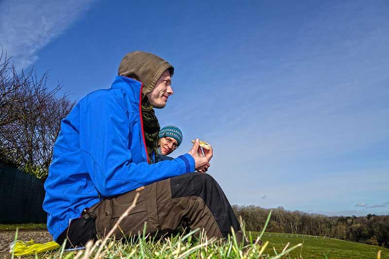 Beim Wandern an der Mosel, legten wir eine stärkende Wanderbrotzeit Pause ein