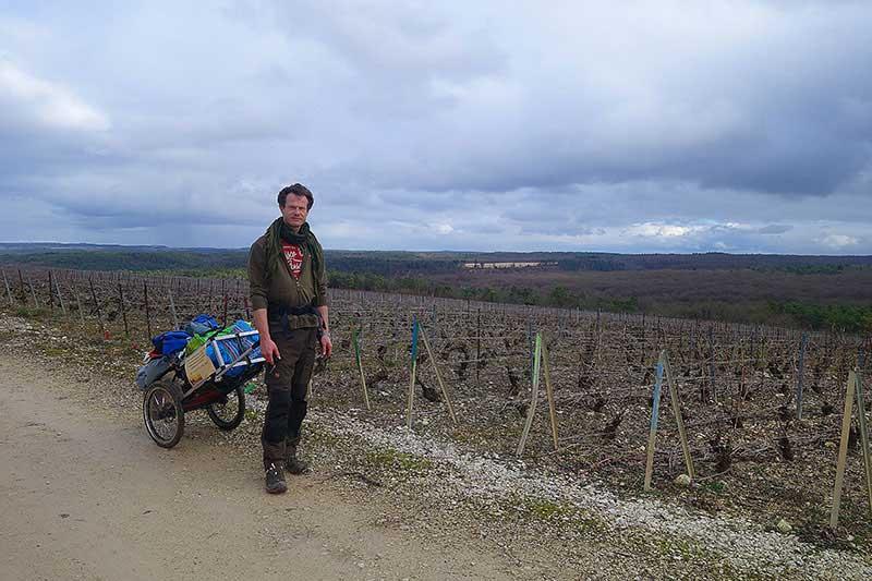 In den Hügeln beim Wandern in der Champagne