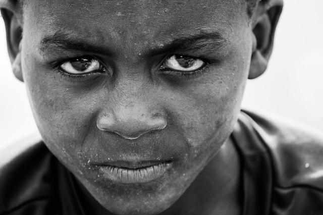 Vor allem Wut ist eine Emotion, die wir oft unterdrücken und die unser inneres Kind mit sich herum trägt.