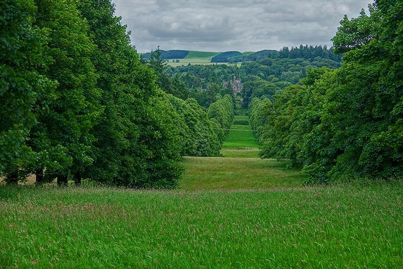 Schottland hat einiges an beeindruckenden Schlossgärten zu bieten.