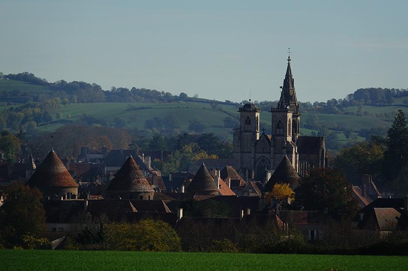 Die Kathedrale überragt die mittelalterliche Stadt