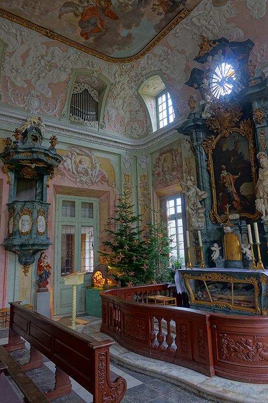 Der Altar der Schlosskirche