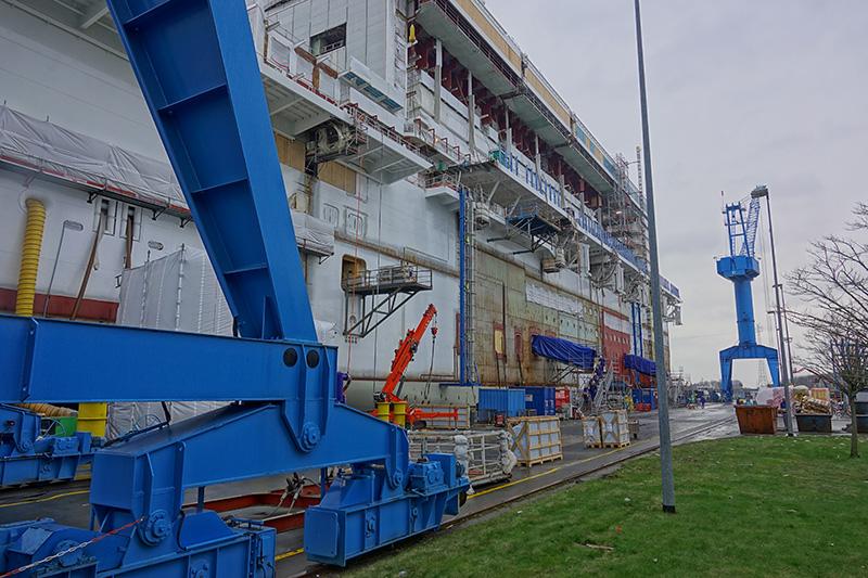 Kreuzfahrtschiff in Produktion