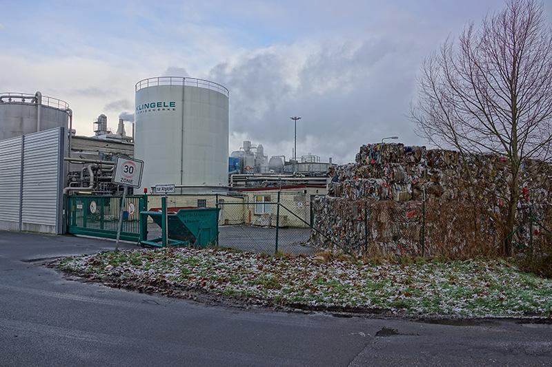 Eine Papierfabrik in Ostriesland