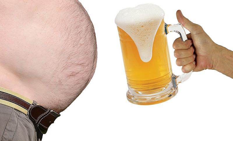 Bauchfett bei Männern: Der typische Bierbauch