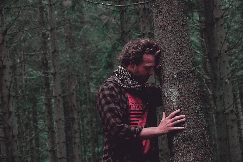 Survivalprofi Heiko Gärtner spürt die Verbundenheit mit allem