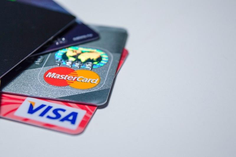 Für welche virtuelle Kreditkarte soll ich mich entscheiden