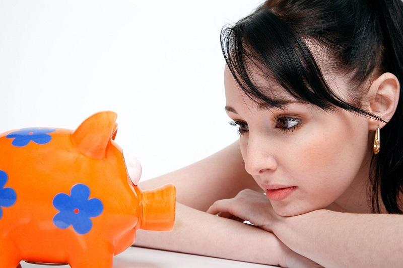 Wie kommt das Geld von der Spardose auf die digitale Kreditkarte