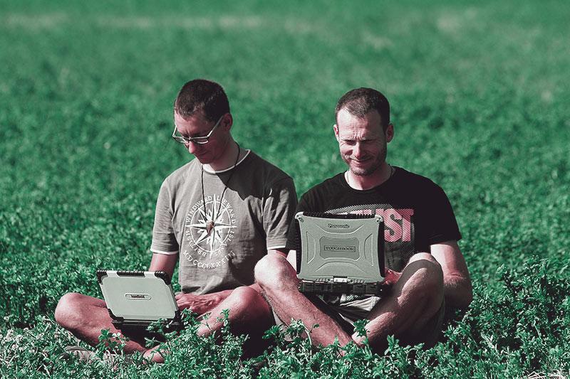 handheld sponsor outdoorcomputer touphbook panasonic