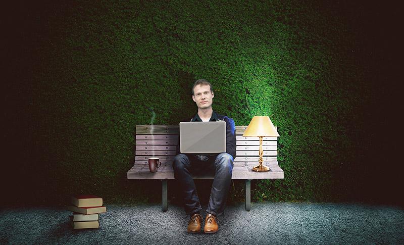 Heiko Gärtner braucht als Webnomade das Internet unterwegs