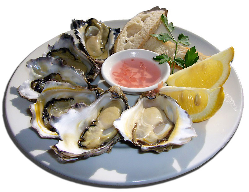 Rohe Austern in Zitrone