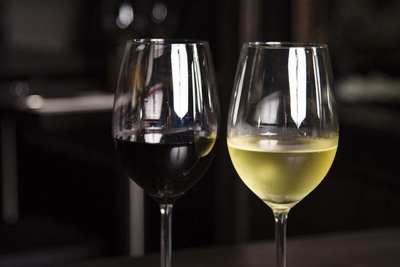 Individuelle Weingläser als Geschenkidee