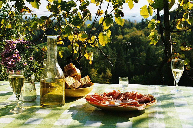 Weinverköstigung direkt auf dem Weingut