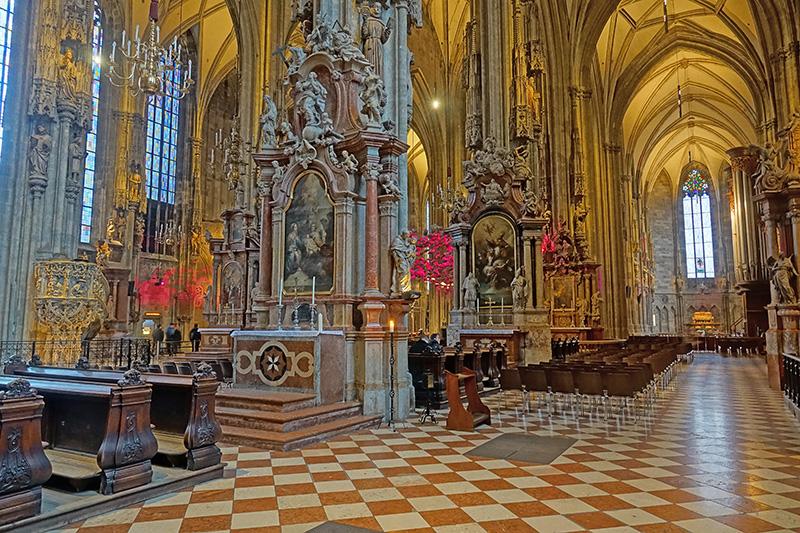 Wiener Kathedrale von innen