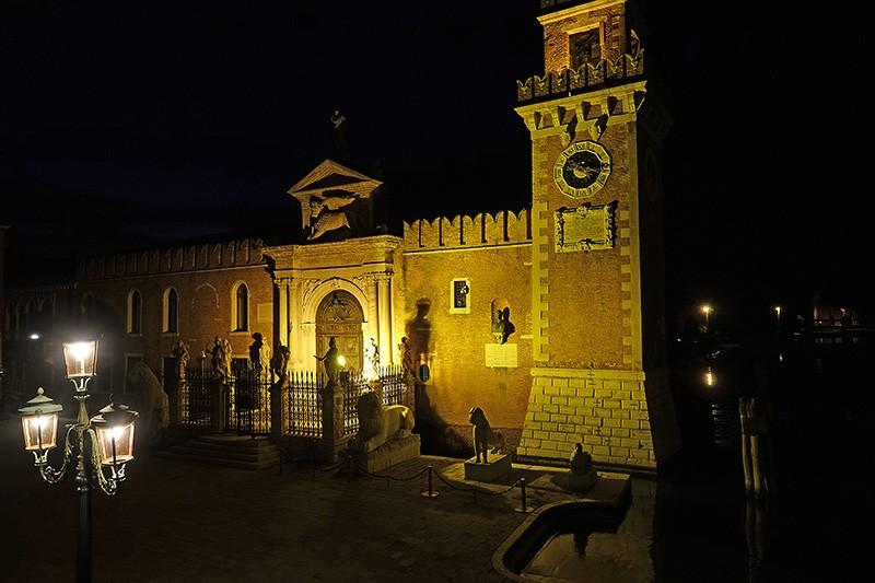 Besonders nachts ist Venedig beeindruckend