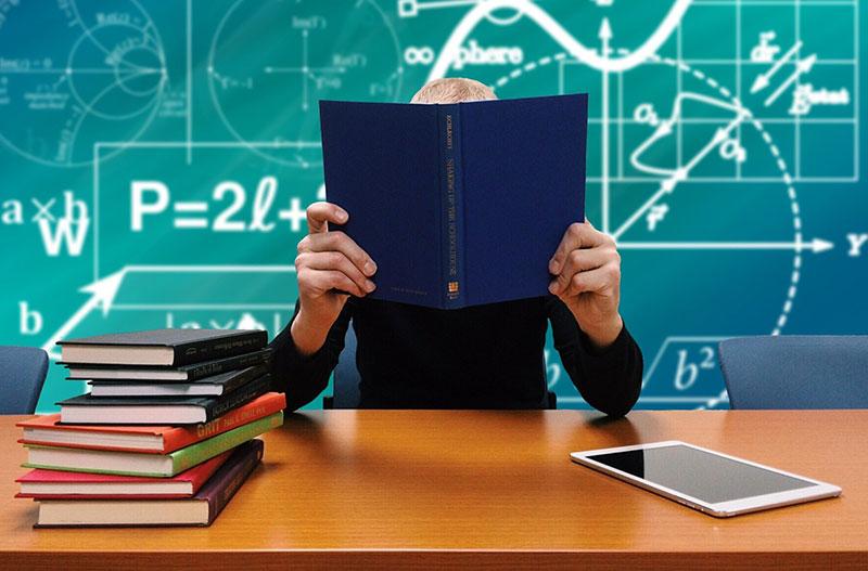 Kaum eine Berufsgruppe leidet so häufig unter Burnout wie Lehrer. Ist unsere moderne Schule also wirklich sicherer geworden?